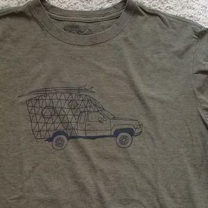 Patagonia t-shirt. Men's L Slim Fit.